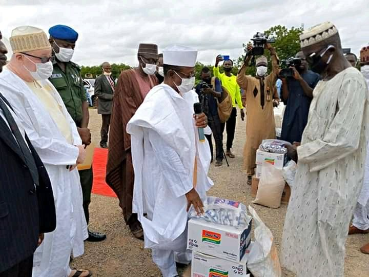 Kebbi Deputy Governor distributes food relief materials